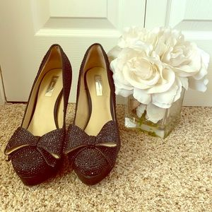 Inc Sparkly Bow Pumps